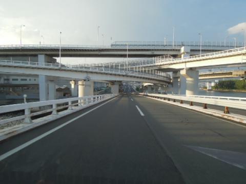 高速道路交差