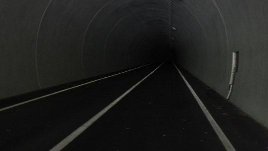 河鹿トンネル0