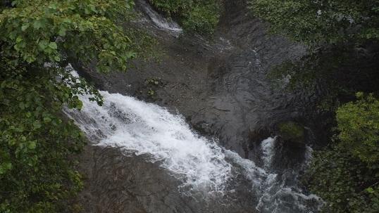 知床、陸境川 (1)