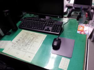 I君の机2