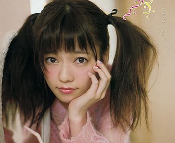 AKB島崎遥香(20)のツインテールグラビアがたまらんwwwぱるるの色白太もも最高【エロ画像】