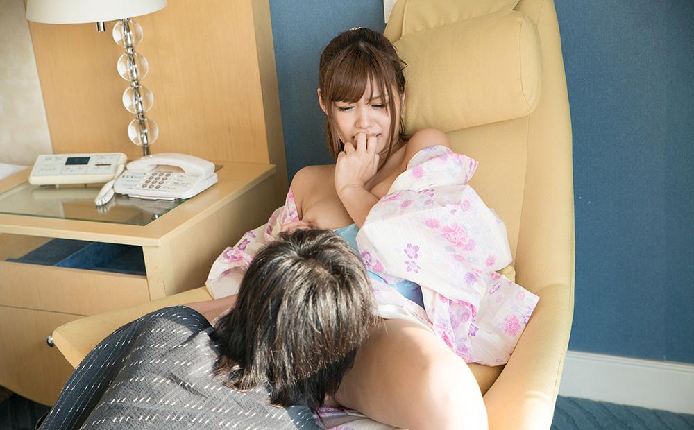 AV女優 紺野ひかる 浴衣 セックス画像 16