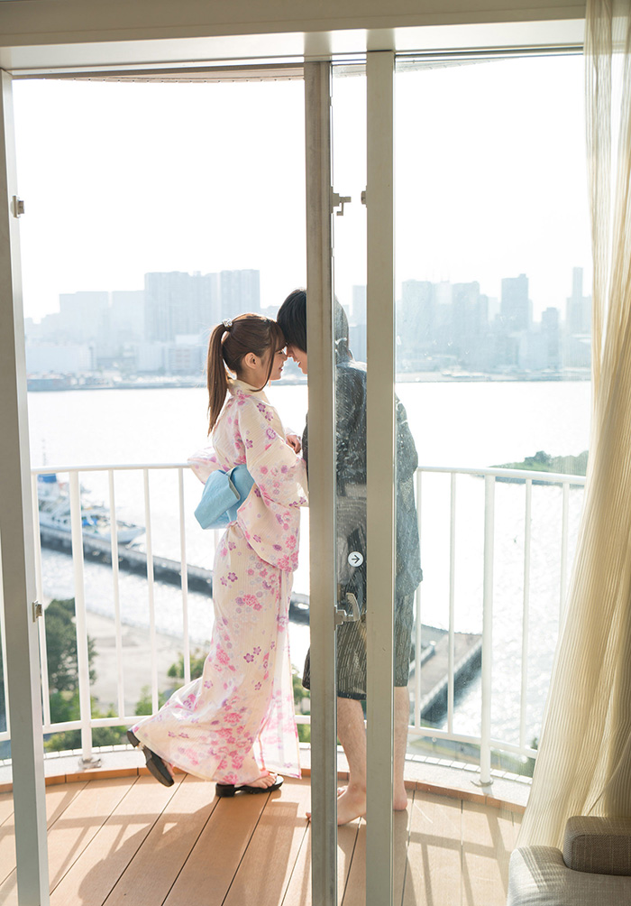 AV女優 紺野ひかる 浴衣 セックス画像 2