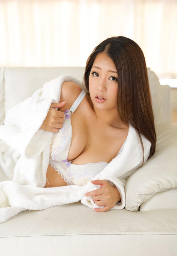 AV女優 鈴木さとみ 無修正 AV 画像 1