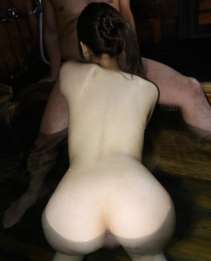 素人 温泉 セックス画像 39