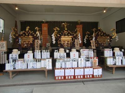 浅草神社の三基の本社神輿