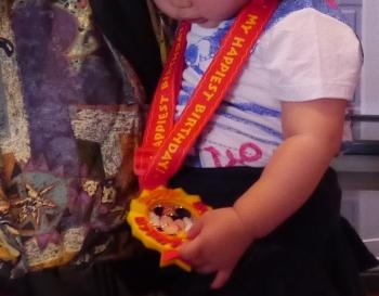 お誕生日メダル-1