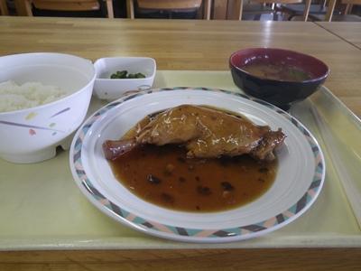 鶏モモブラックビーンズ煮