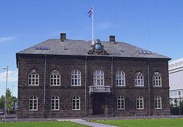 althingishus-reykjavik.jpg