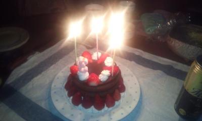 誕生日ケーキ130315-s
