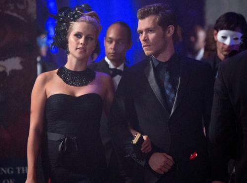 The Originals 1x03 Claire-HoltJoseph-Morgan