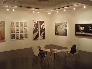 銀座画廊アートポイント室内
