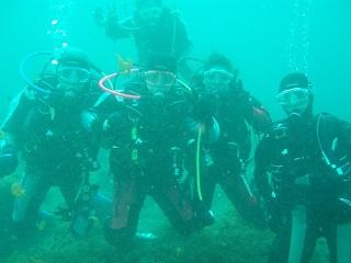 20070316海中みんなで記念写真