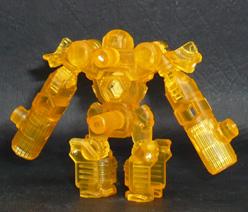 アームズマイクロン オートボット シャイニングビーツー ロボットモード