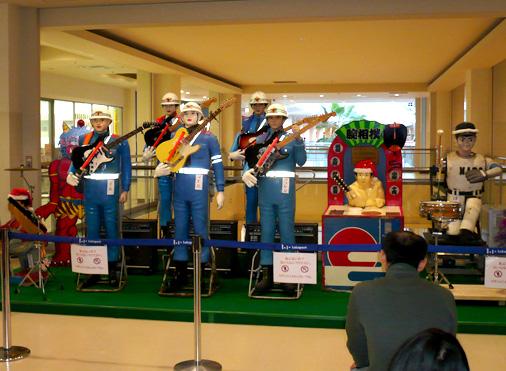 リストラロボットバンドinららぽーとTOKYO-BAY