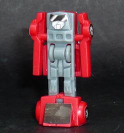 サイバトロン 戦闘員 チャージャー ロボットモード