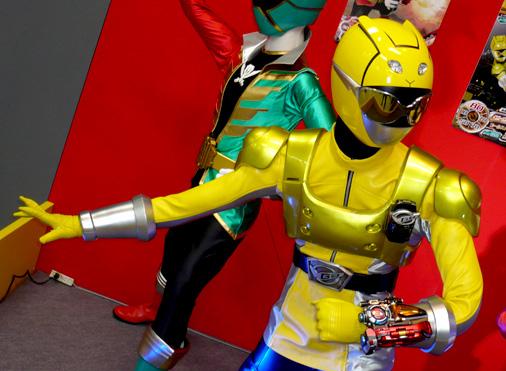 仮面ライダー×スーパー戦隊 Wヒーローウィンターカーニバル2014 特命戦隊ゴーバスターズ イエローバスター パワードカスタム