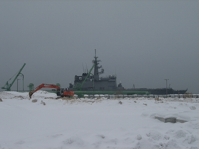 2013-3-1輸送艦01
