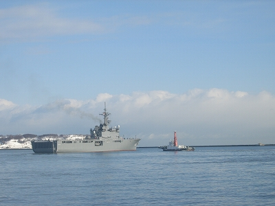 2013-3-4軍艦02