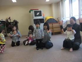 2012-02-27 いつひよファミリ~ 001 (280x210)