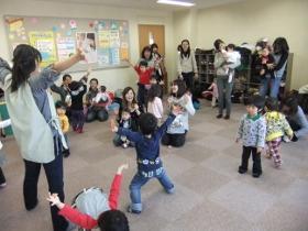 2012-02-27 いつひよファミリ~ 099 (280x210)