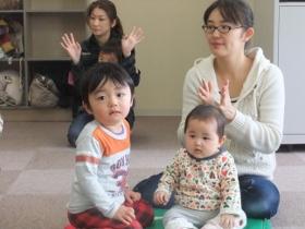 2012-03-26 いつひよファミリ~ 002 (280x210)