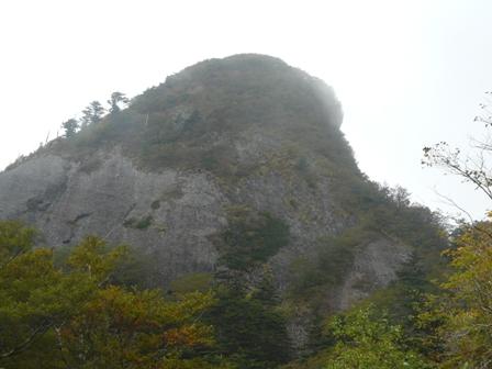 瓶ヶ森林道 子持権現山