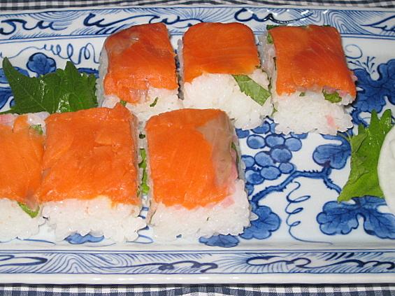 salmon-sushi1