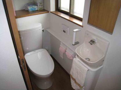 【施工事例vol.74】施工後:トイレ空間のリフォーム(和式→洋式)