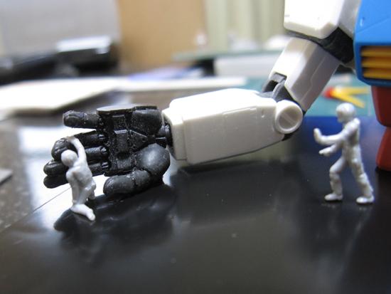 Gundam_Scene_01_Frau_b_04.jpg