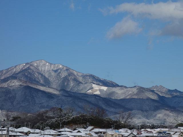 大山も白い