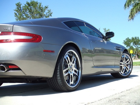 aston_martin_db9_forgiato_02.jpg
