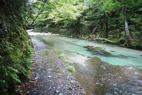 伏伸の滝DSC03474