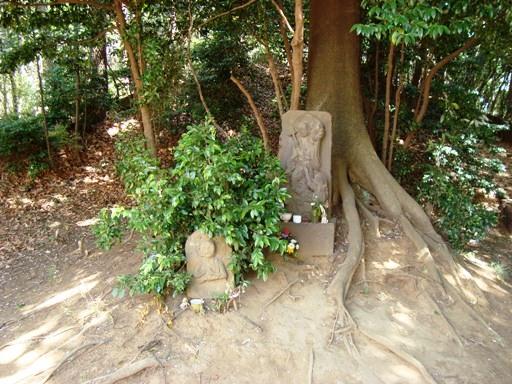 山田富士付近石仏