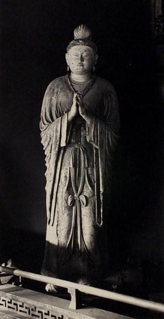 明治21年古社寺調査における小川一真撮影写真(三月堂・日光菩薩像)