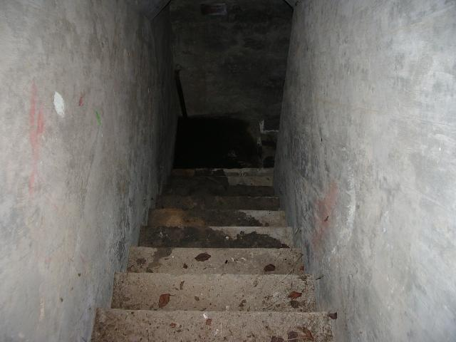 避難壕 (2)