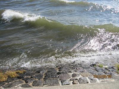 猪苗代湖波2