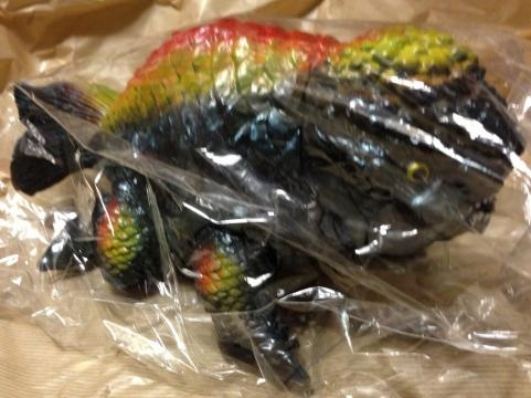 キンギョザウルス(黒成型色)1
