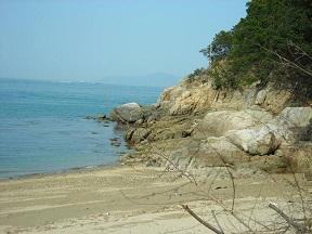 関ノ浦はこんな感じの浜でした