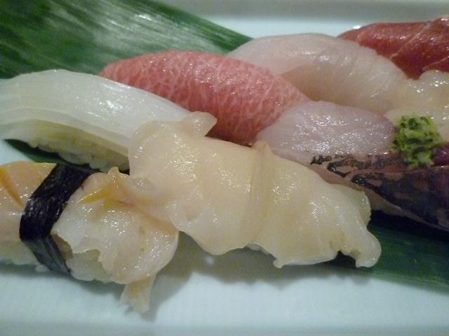 万寿貝はサクサクとした歯ざわりで,あっさりした貝です