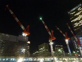 夜行バス乗り場のある東京駅八重洲口 あ~あ今日もバスで寝るのか