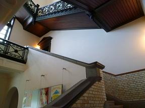 階段が美しいです