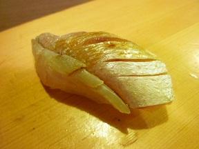関西では小鯛のささずしとして有名です