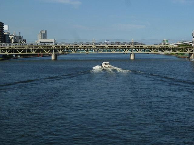 そして隅田川です 天気がいいです