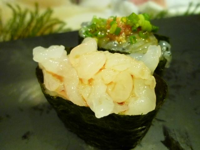 白エビは富山湾の特産品 これで20~30匹入ってます
