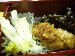白菜和え物 鶏唐揚ぽん酢漬 昆布佃煮