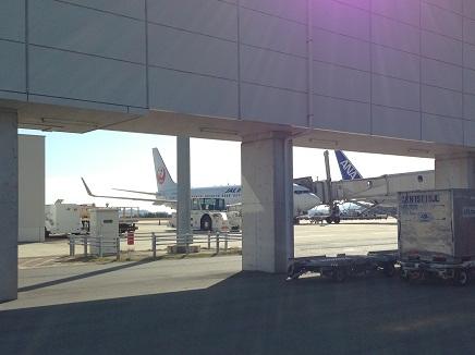 10122013空港へS7