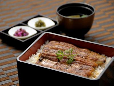 鰻の蒲焼き(うな重)
