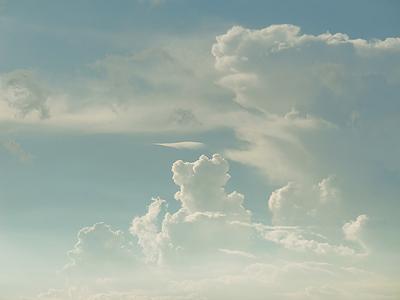 故小松崎茂が描きそうな雲2