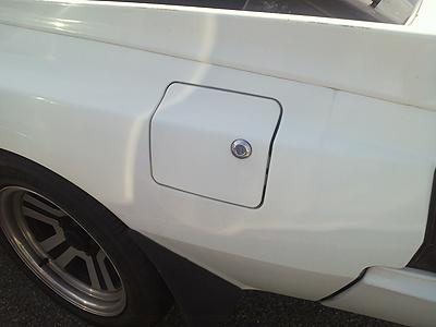 給油口の蓋にあったキーシリンダー